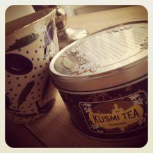 Lutar mig tillbaka med en kopp te